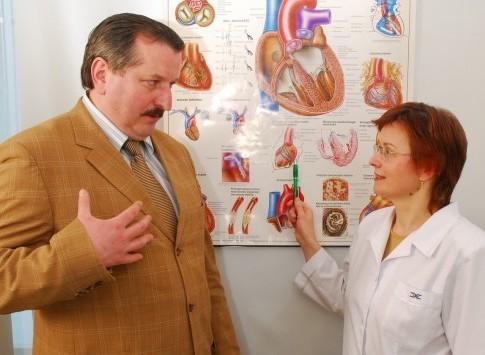 Vidutinė programa vyrams, be papildomų akių tyrimų, rekomenduojama nuo 40 m.