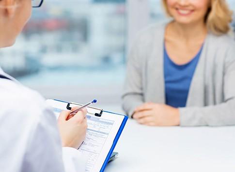 Vidutinė programa moterims, be papildomų akių tyrimų